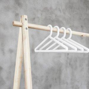 Witte kledinghangers (4 stuks)