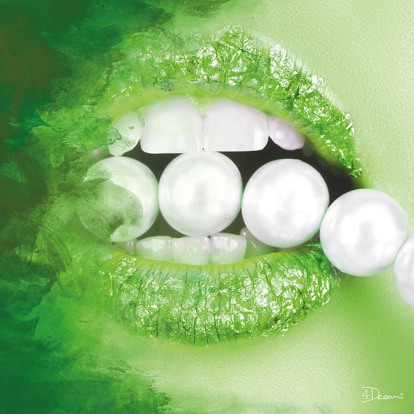 Pearls in Green Mouth Aluart