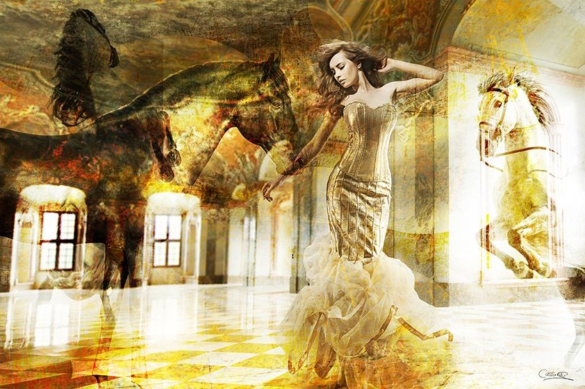 Woman posing in abstract Dream Aluart