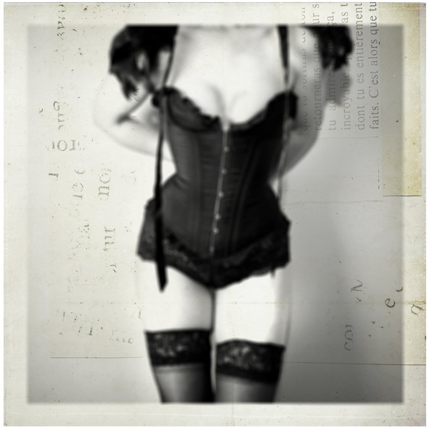 Woman in Corset with textured background Aluart