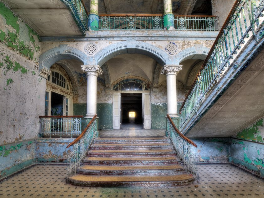Lacour, Entrance with Staircase in Villa Aluart