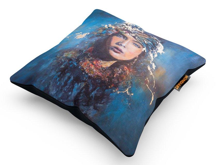 Cushion set/2, Mysterious Blue Woman