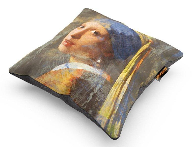 Cushion Set/2, Girl pearl earring 2.0